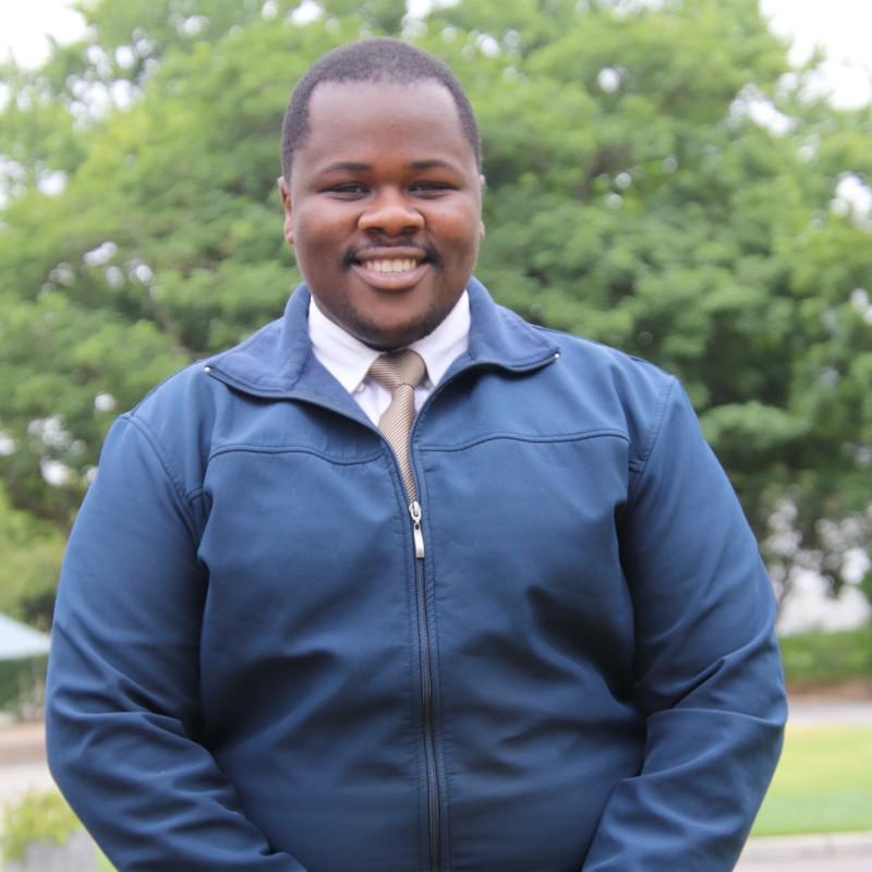 Lukhanyo Tshongweni
